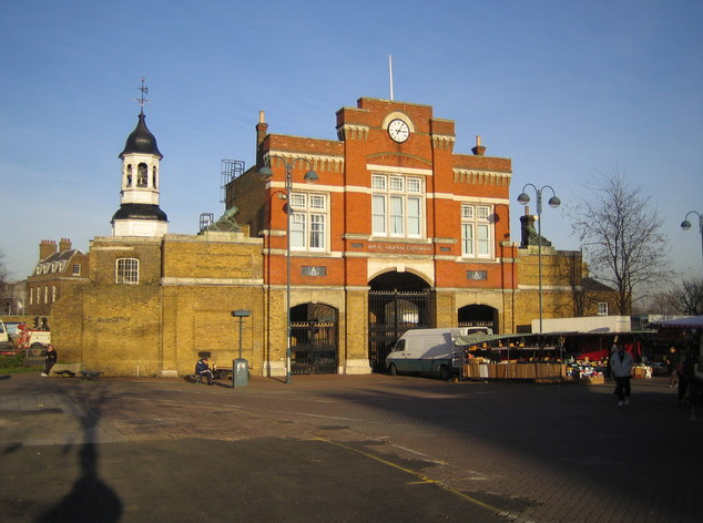 File:Woolwich The Royal Arsenal Gatehouse.jpg