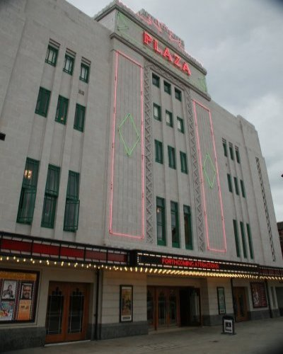 File:Stockportplaza1.jpg