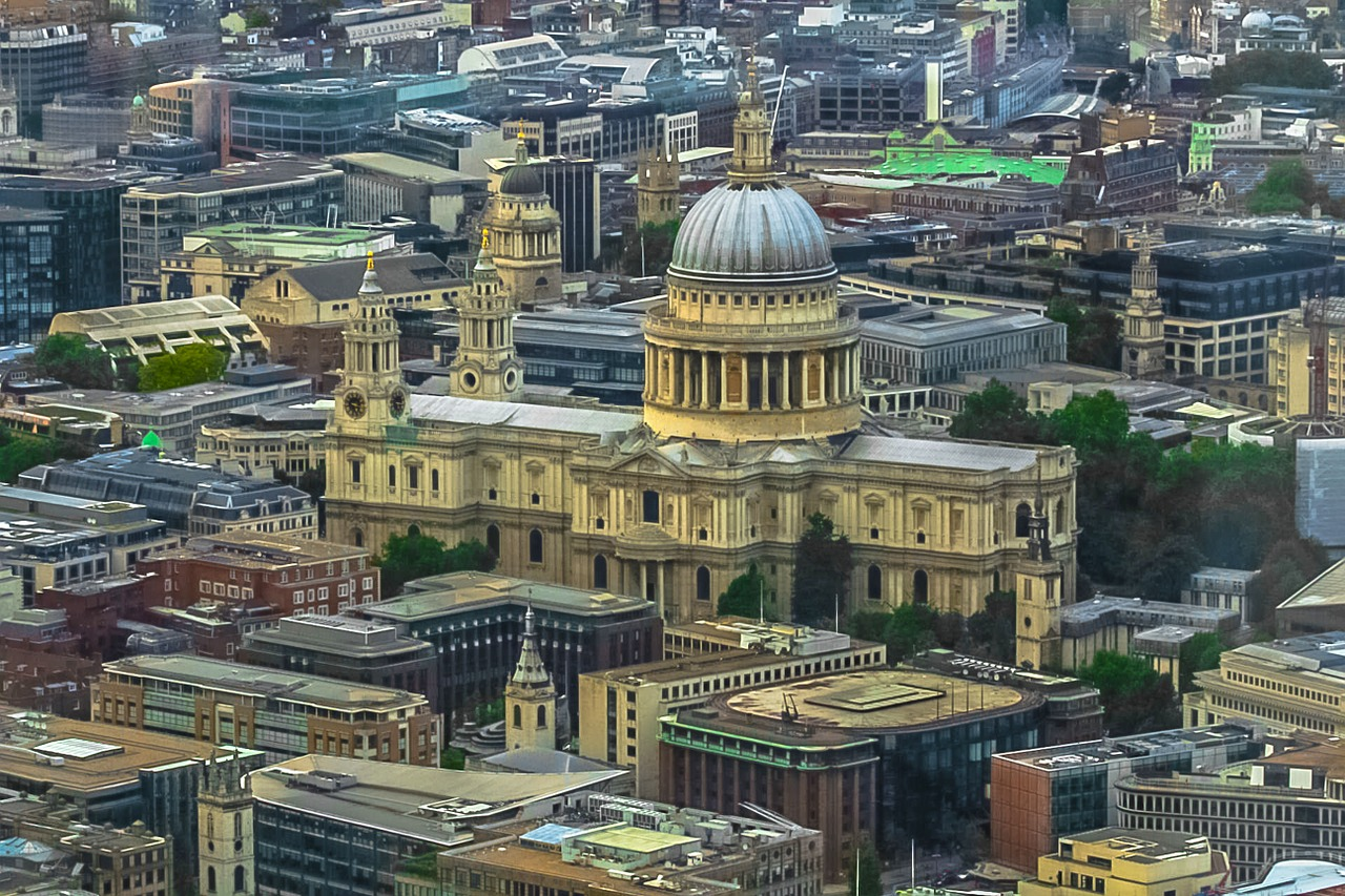 St pauls cathedral pix.jpg
