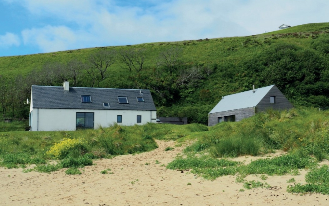 Islay beach cottage.jpg