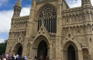 File:St Albans Cathedral.jpg