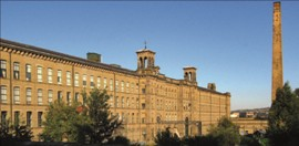 File:Salts Mill Saltaire 270.jpg
