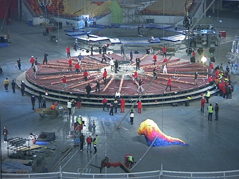 File:Millennium Dome central show rehearsals.jpg