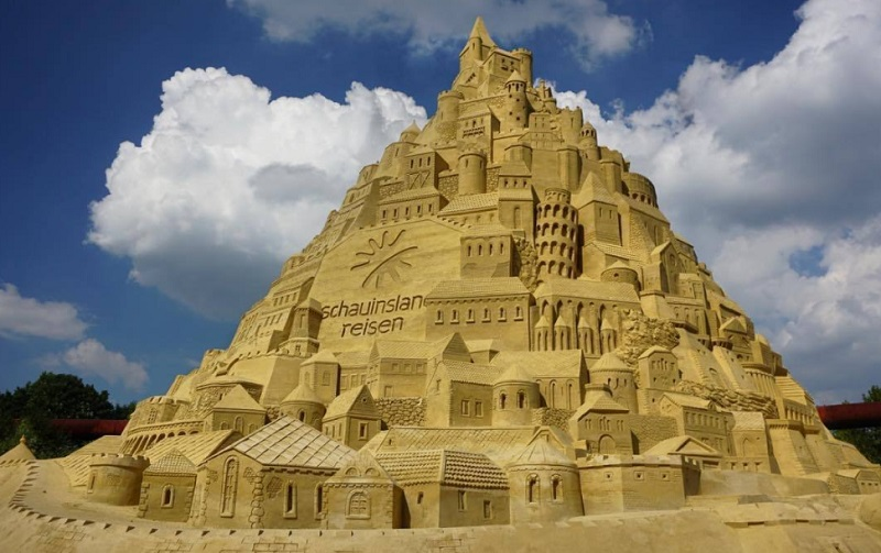 File:Sandcastle1.jpg