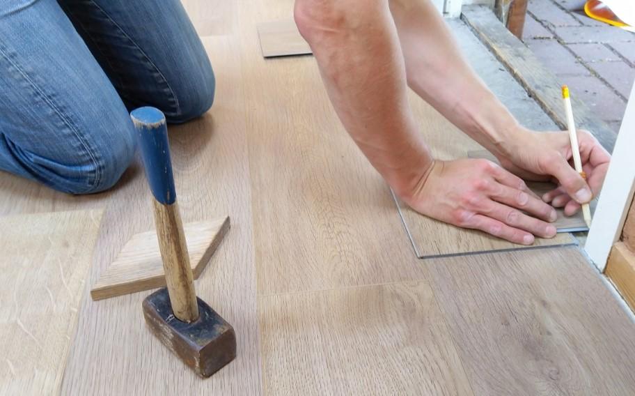 Laminate Flooring Designing Buildings, Commercial Laminate Flooring Cost