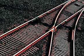Rail lines tracks hot 290.jpg