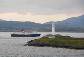 Lismore-lighthouse-and-Mull-ferry1-290.jpg