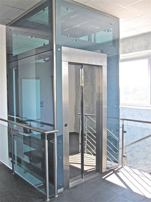 Glass lift.jpg