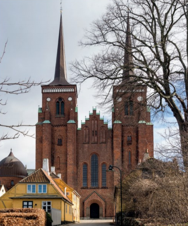 Roskilde Cathedral.png