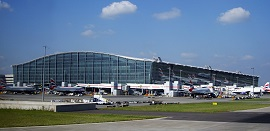 File:Heathrow T5270.jpg