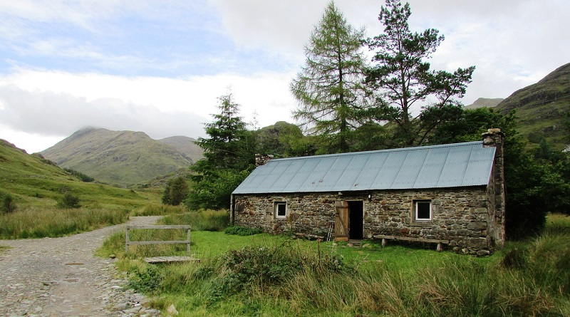 Bothy, Ccorryhully, Scotland.jpg