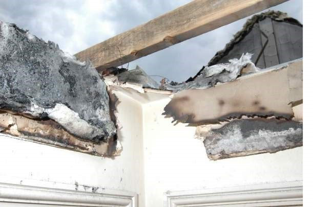 Mineral wool fire stopping along pitch of roof.jpg