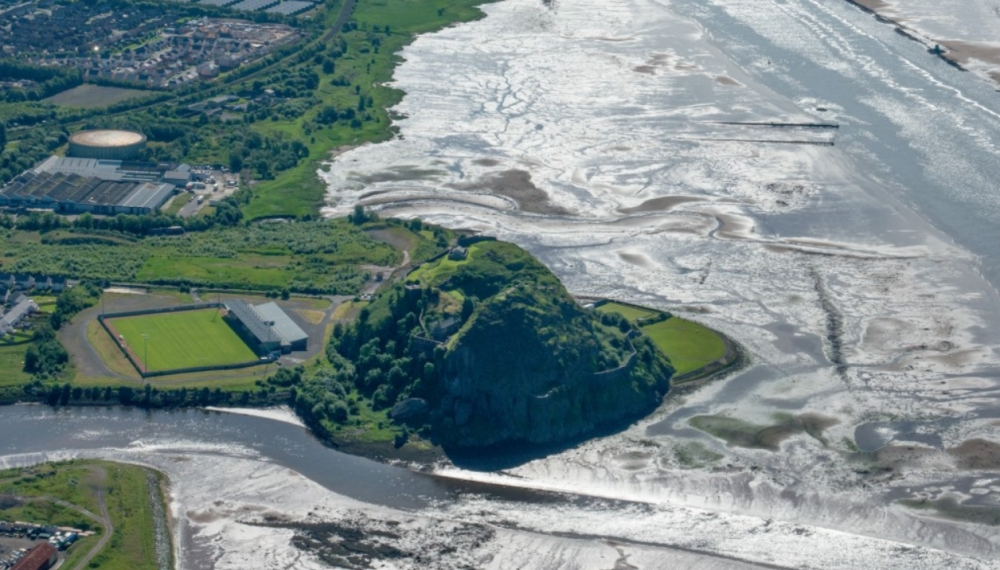 Aerial view of Dumbarton Rock and Castle.jpg