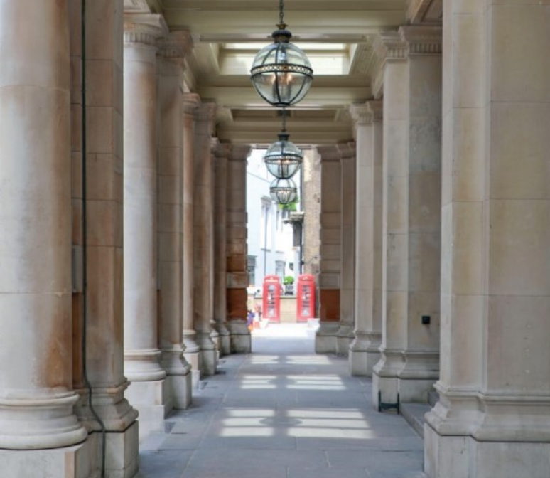 The north facade portico of 6 Burlington Gardens.jpg