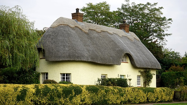 English cottage.jpg