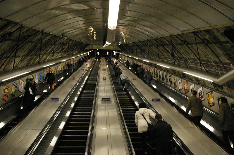Escalator1.jpg