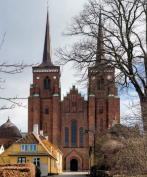 Roskilde Cathedral 290.png
