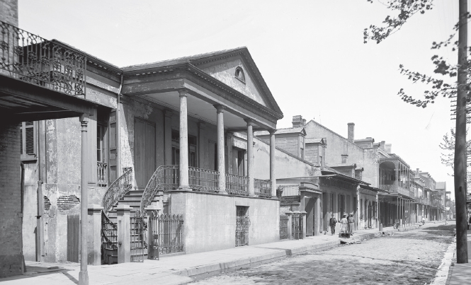Chartres Street Vieux Carre.jpg