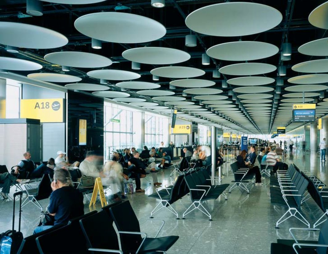 Heathrow terminal 5 interior.jpg