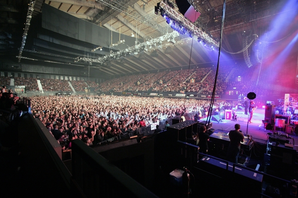 Wembley arena interior current.jpg