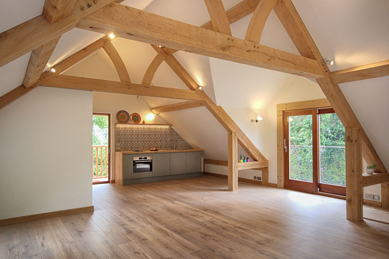 Exploring-the-Modern-Extension-Rooms-Above-Outbuildings-(2).jpg