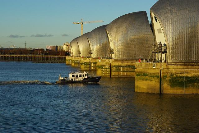 Thames barrier - Designing Buildings Wiki