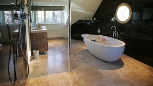Travertine-tiles-bath.jpg