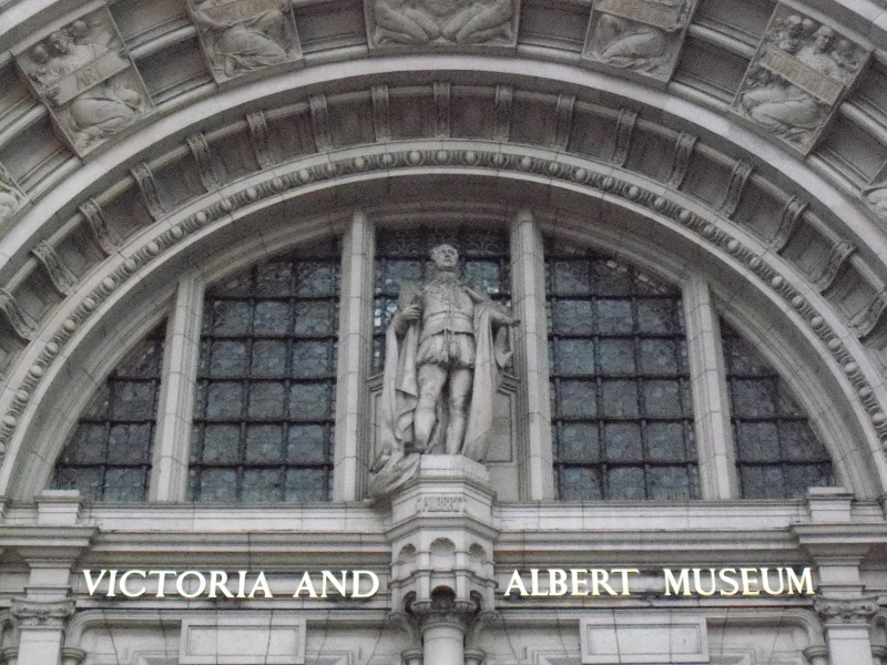 File:Victoria and albert museum (6).JPG