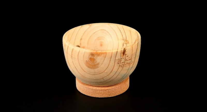 File:Woodturning3.jpg
