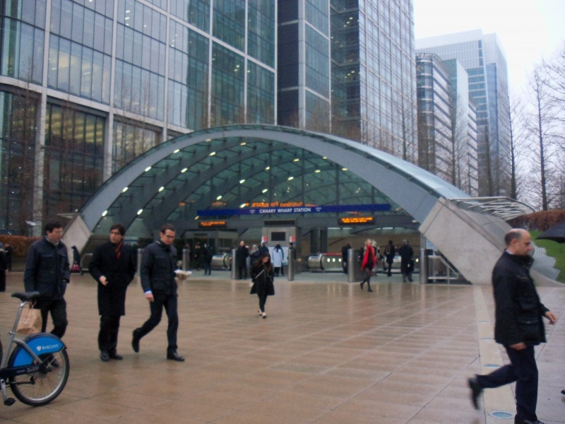 File:Canary wharf station 2.JPG