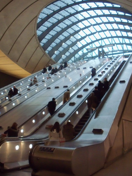 File:Canary Wharf Escalators.JPG