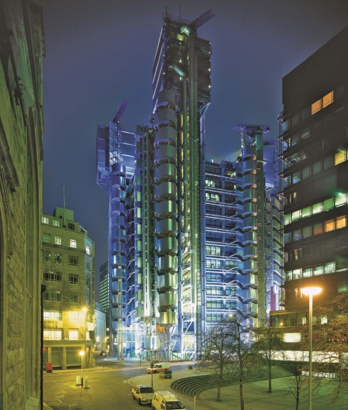 File:Lloyds of London night.jpg