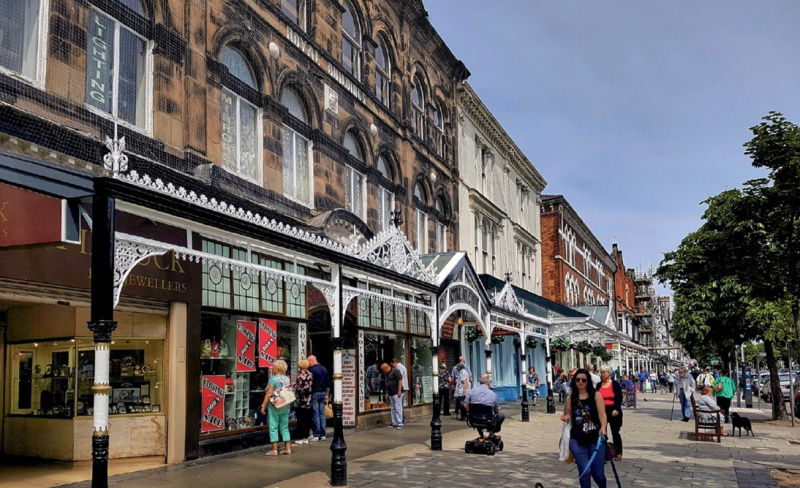File:Lord Street Southport.jpg