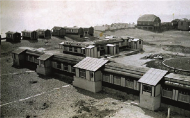 File:The Golden Sands Holiday Park at Lancing.jpg