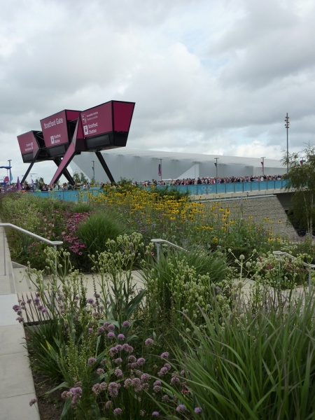 File:London 2012 Olympic park landscape image 2.JPG