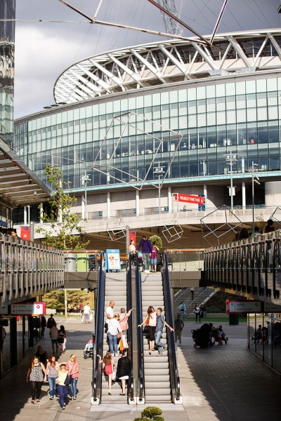 File:Wembley Outlet adjacent to Wembley Stadium 8.jpg
