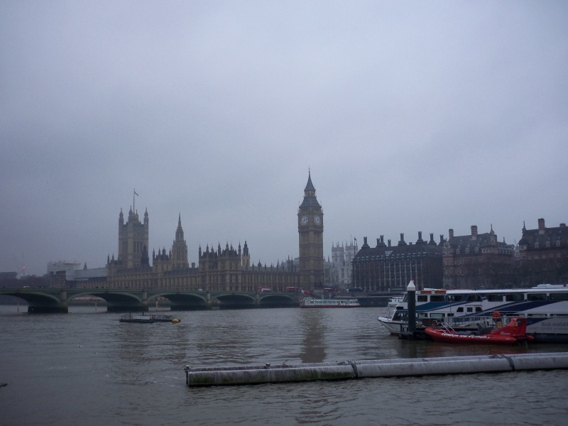 File:Thames and parliament.JPG