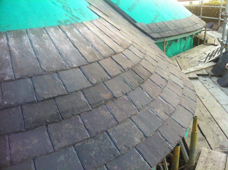File:First slates straight to curved 2.JPG