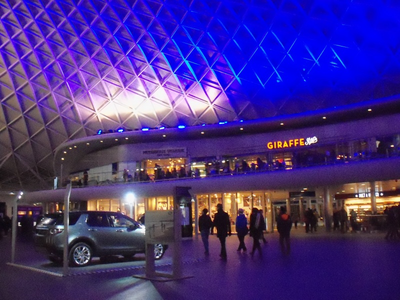 File:Kings cross station (2).JPG