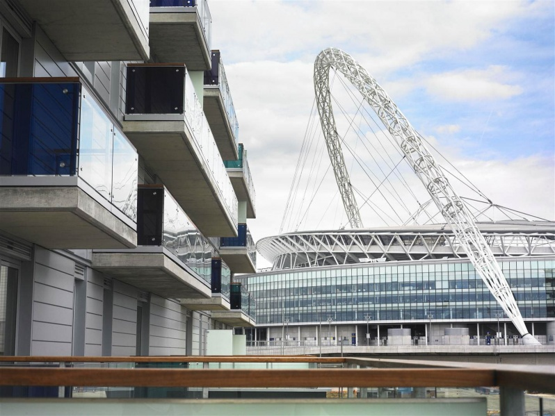 File:Rent in Wembley adjacent to Wembley Stadium 2.jpg